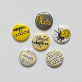 "Badges ""Fraicheur adorable, vacances, jaune, soleil, été, printemps, fleur, tâche, photo, gris jaune, badges quadrillage, étiqu"