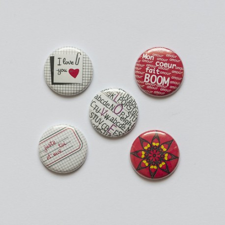"Badges ""Love Boom"""
