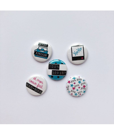 "Badges ""Chipie"" amour, xoxo, love, you, me, crap button flair, pins, badge personnalisé, customs pour scrapbooking , pour les ad"